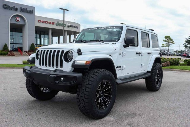 New 2019 Jeep Wrangler Unlimited Sahara Altitude 4x4