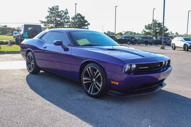 Pre-Owned 2014 Dodge Challenger SRT8 Core