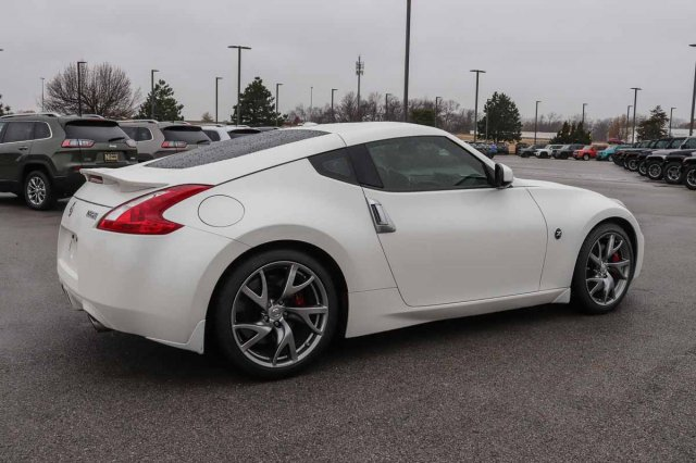 Pre-Owned 2014 Nissan 370Z Touring