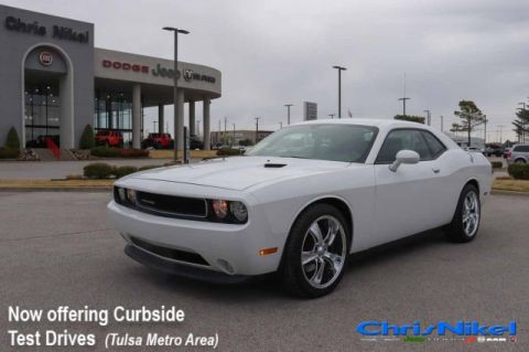 Pre-Owned 2013 Dodge Challenger SXT Plus